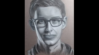 Bjergsen Drawing With Charcoal Pencils