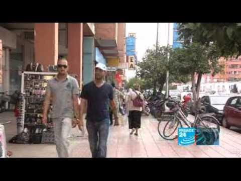 putes marocaines - Reportage video: Le sexe est roi au Maroc. La Maroc est connu dans le monde entier comme le pays des pedophiles et des putes. Les hommes donne leurs cul pour...