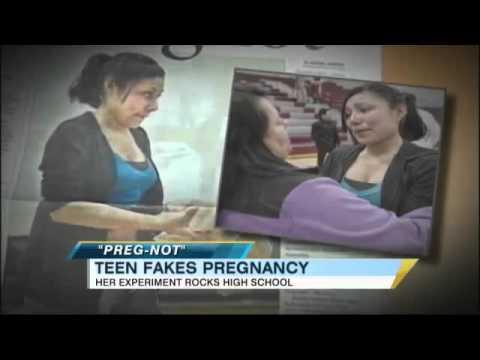 17歲女高中生懷孕6個來遭到全校的人歧視霸凌,結果某天當她站在師生面前…大家都愣住了!