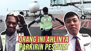 Video TUKANG PARKIR PESAWAT - TANYA PILOT MP3, 3GP, MP4, WEBM, AVI, FLV April 2019