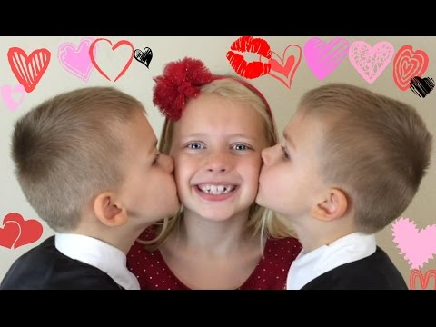 "There's So Many Ways To Say ""I Love You"" -- Family Fun Pack Valentine Special"