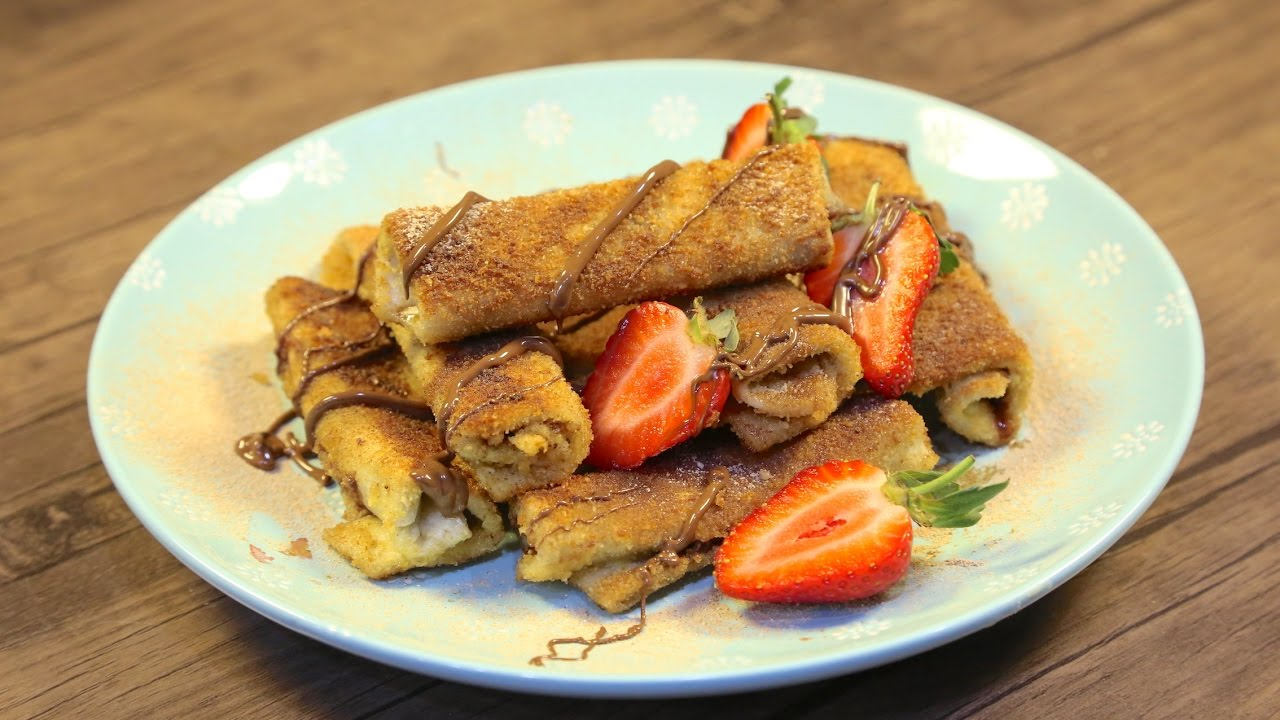 Tortilla Wraps with Strawberry and Chocolate