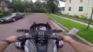 3. 2014 CAN-AM SPYDER ST LIMITED