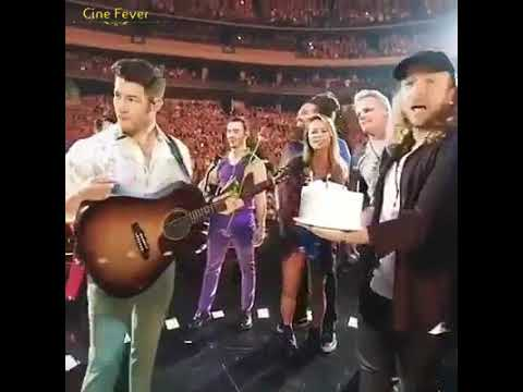 Prinyaka Chopra Celebrating Nick Jonas in Live Concert