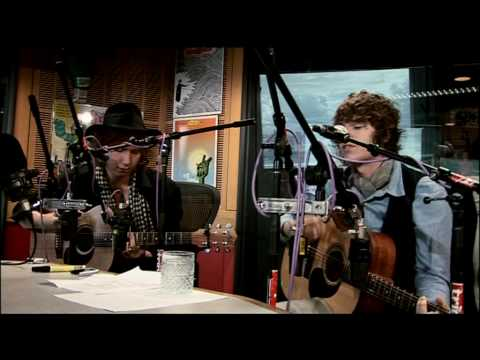 "The Kooks Cover MGMT's ""Kids"""