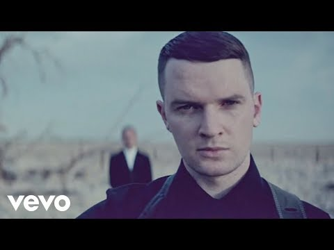 Hurts – Somebody To Die For