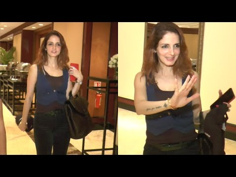 Sussanne Khan Spotted In Taj Land Bandra