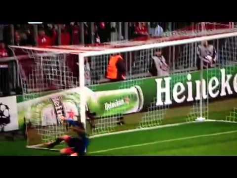 Il miracolo di De Sanctis ~ Bayern Monaco - Napoli