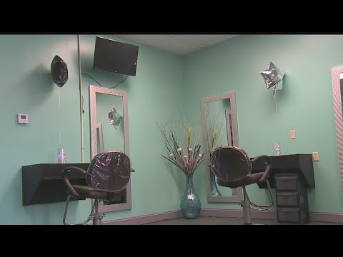 New hair salon works to change color of Youngstown community