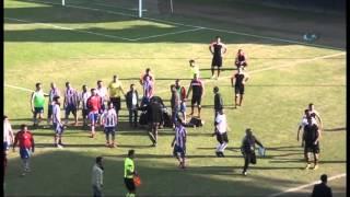 Турецкий футболист поиграл в футбол головой соперника