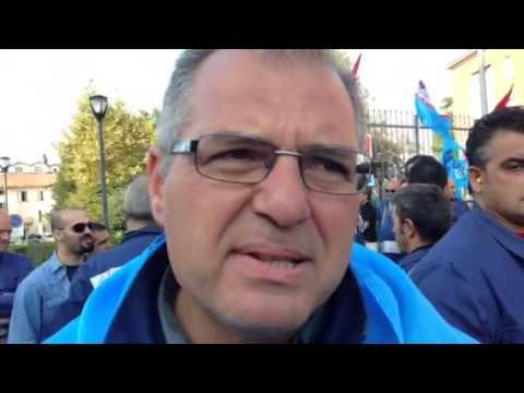 Operaio della Riva protesta