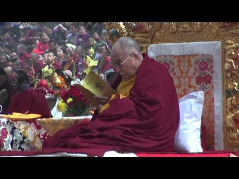 , title : 'The Dalai Lama, Bodhgaya Stupa, Kalachakra, 2012'