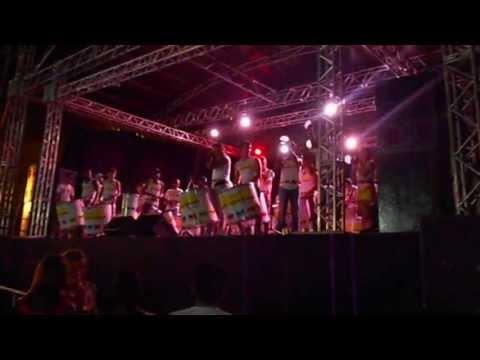 Banda Batcaverna (banda oficial do carnaval de Diamantina MG) em Buenópolis MG 28/07/13