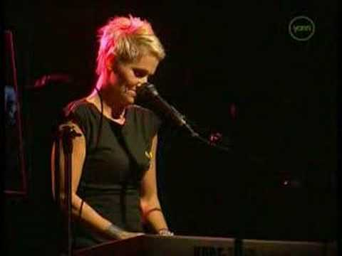 Roxette - Live - It Must Have Been Love - Solo