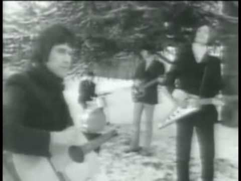 Tekst piosenki The Kinks - Sunny Afternoon po polsku