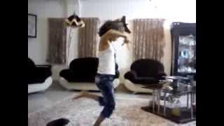 رقص بابا کرم توسط ساغر خانم دختر زیبا و ناز یزدی (نبینی از دستت رفته)