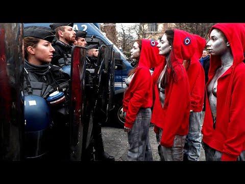 Κίτρινα Γιλέκα: Ένταση και προσαγωγές στο Παρίσι