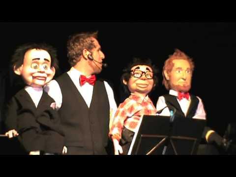 Mágicos em Oz com Yakko Sideratos