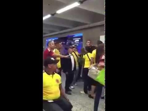 Riña entre Faryd Mondragon e hinchas de la selección Colombia