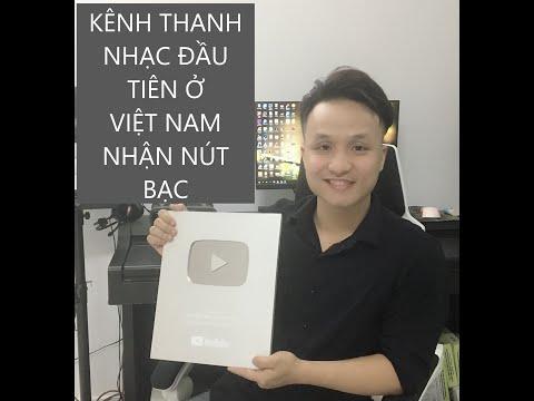 """Kênh Thanh Nhạc đầu tiên tại Việt Nam nhận nút Bạc """" Anh Bảo Mẹo Thanh Nhạc """" - Thời lượng: 7 phút, 43 giây."""