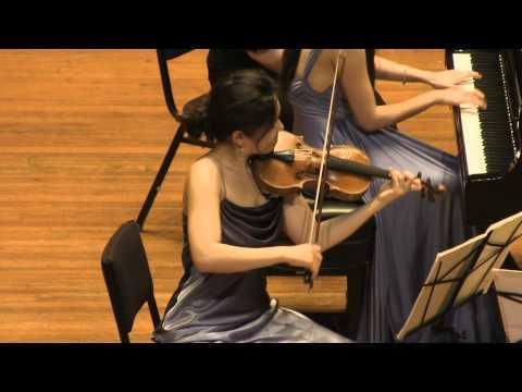 Mozart Piano Trio in G. K. 496. played by Clara Trio (Filmed by SiMon) (видео)