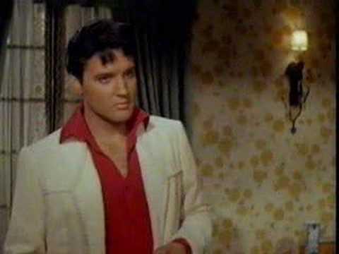 Tekst piosenki Elvis Presley - She's A Machine po polsku
