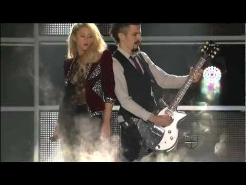 Tekst piosenki Shakira - Devocion po polsku