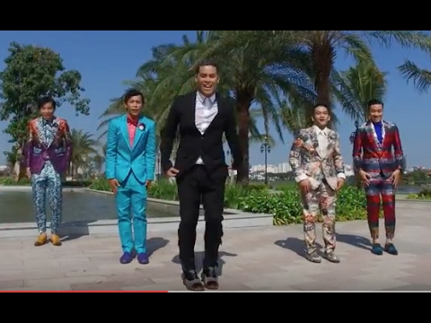 0 John Huy Trần lãng mạn cầu hôn bạn trai bằng clip cực dễ thương