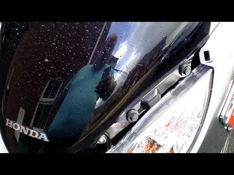 Fitting new windshield to Honda PCX125i