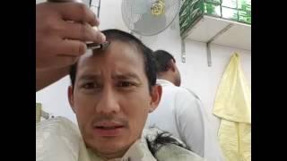 Video Bang Sandi Uno di kerjain tukang cukur saat Umroh Asli Ngakak MP3, 3GP, MP4, WEBM, AVI, FLV Februari 2018