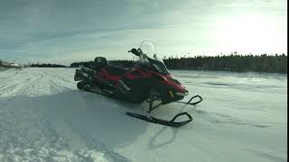 3. 2018 Ski-Doo Expedition SWT