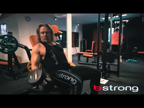 Dumbbell seated alternate bicep curl