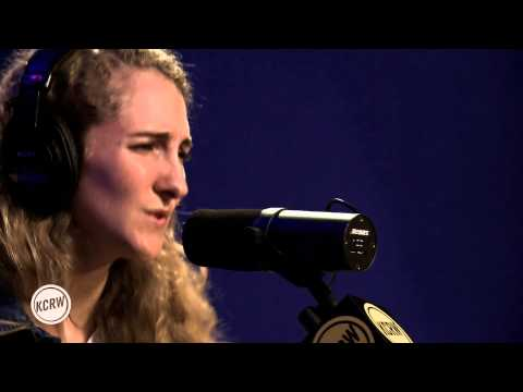 "Tennis performing ""Mean Streets"" Live on KCRW"