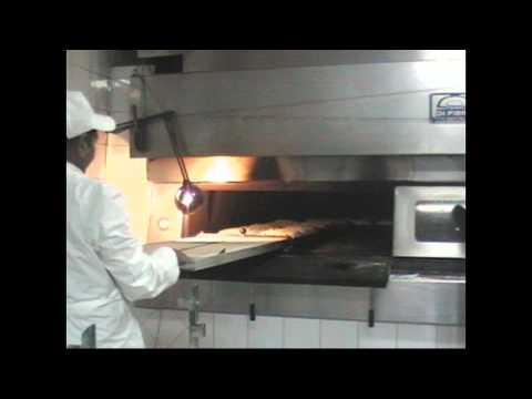 FORNO A LEGNA - Forno a legna per panificio. Wood fired oven for bakeries. Di Fiore Forni Factory.