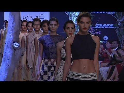 Mumbai'de moda şov