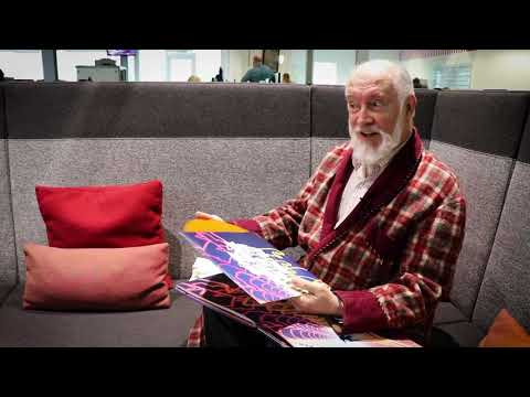 Arthur Dent Unboxes all Five Hitchhiker's Guide To The Galaxy Vinyl Box Sets