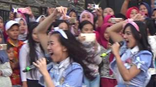 Video [SHNJ Cam] JKT48 - EVERYDAY, KACHUUSA / INBOX SCTV MP3, 3GP, MP4, WEBM, AVI, FLV Oktober 2018