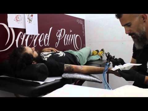 Sacred Pain Tattoo Castellón – Cassette29