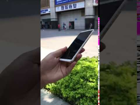 iPhone 8 hands on video
