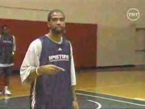 VIDEO: Rip Hamilton – off-ball movement basics