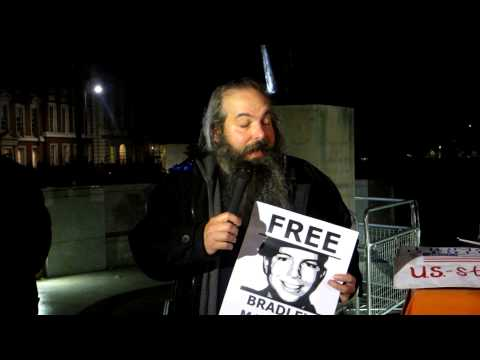 Anthony Timmons (WISE Up for Bradley Manning) speaks at LGC demo, 6 November 2012