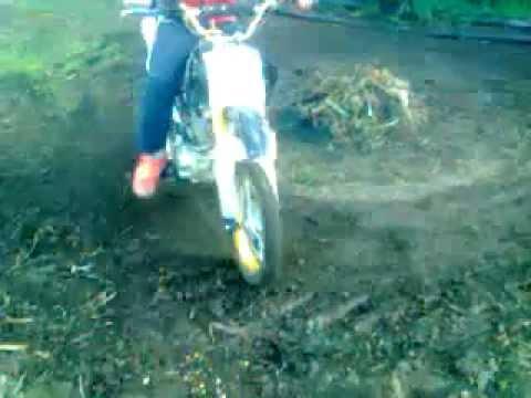 Pitbike em pedralva Drifting (0.15min)