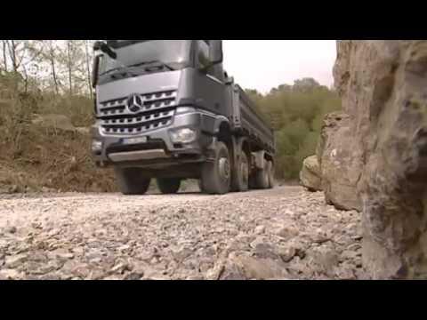 Al margen: Camión Mercedes Arocs | Al Volante