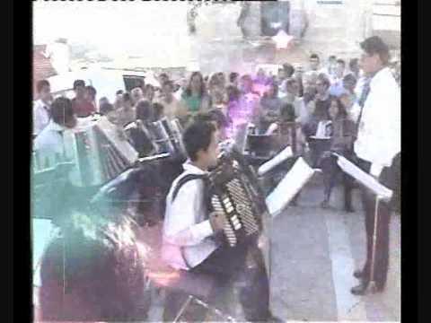 Concerto de acordeões em  Beira Valente com o Sergio
