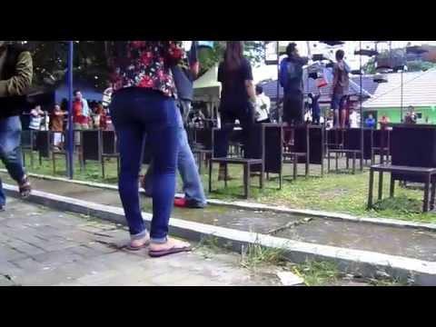 Video HEBOH Cewe Cantik Bahenol Jadi Juri Burung Di Yogya download in MP3, 3GP, MP4, WEBM, AVI, FLV January 2017