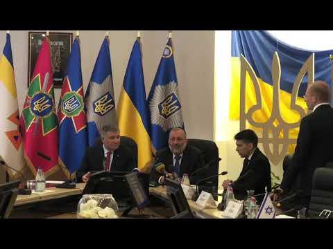 שר הפנים, אריה דרעי, חותם על הסכם עם שר הפנים של אוקראינה למניעת תקלות בכניסת ישראלים לאוקראינה