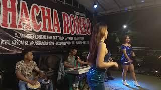 Video CHACHA ROMEO   WARUNG JENGKOL PULO GADUNG TYO TIKA KUBAWA MOY GITA MP3, 3GP, MP4, WEBM, AVI, FLV Agustus 2018
