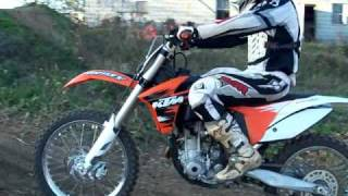 10. 2011 ktm 250sxf and yz250