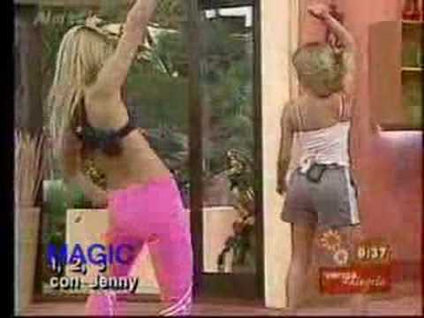 Ingrid Coronado bailando
