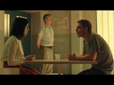 Fernando conoce a Cristina, la chica que le envía cartas - Mar de Plástico
